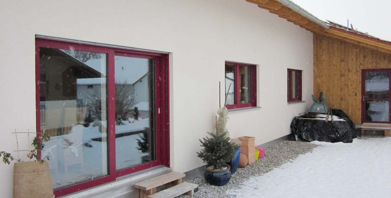 Barrierefreies Niedrigenergie-Holzhaus
